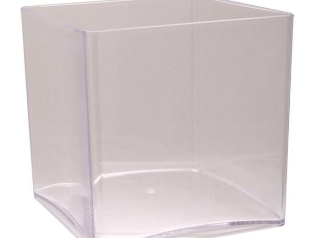Acrylic Cube Vase [15 cm]