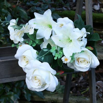 Lily & Rose Mix Bunch White
