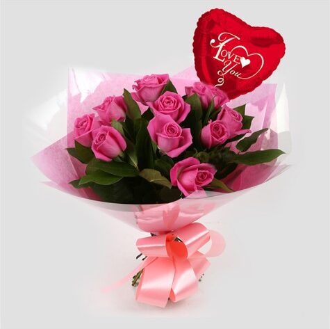 Love You Balloon & 12 Pink Roses Bouquet